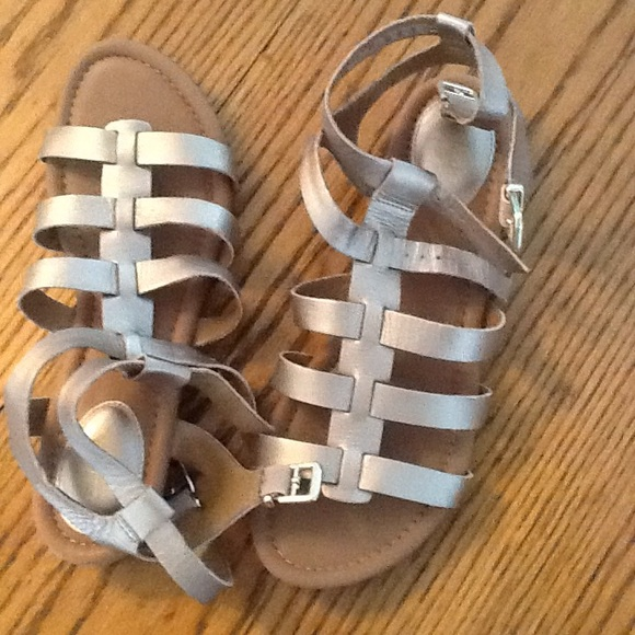 8e8e64bbeb0 Clarks Shoes - GOLD GLADIATOR SANDALS BY CLARK